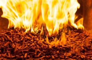 fuoco e fiamme pellet vigevano